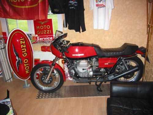 Moto Guzzi Le Mans 1_2